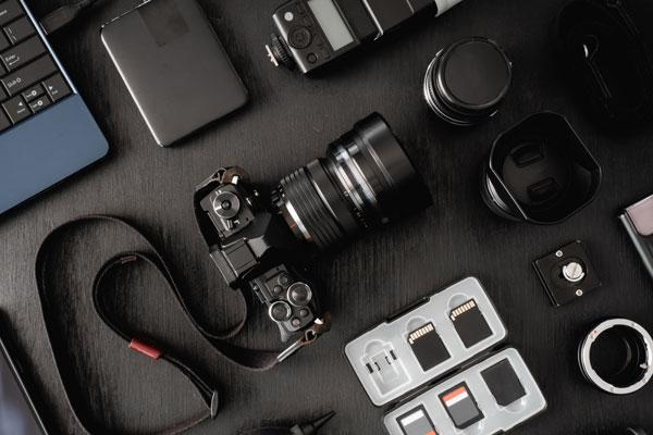 豊富な機器を扱い様々な撮影に対応可能。全道どこでも撮影に伺います
